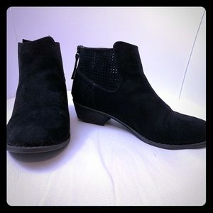 Girls Justice black suede ankle boots